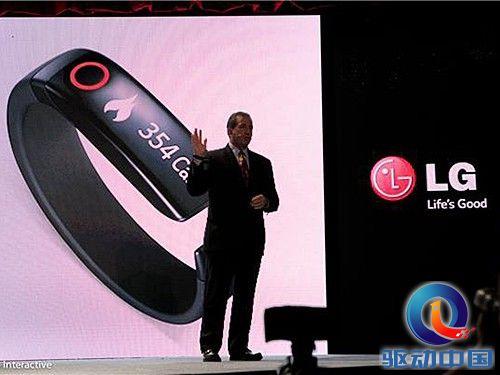 LG正式推出手环 Lifeband Touch配触摸屏