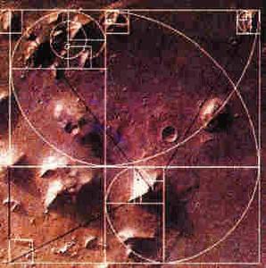 火星上的金字塔之谜