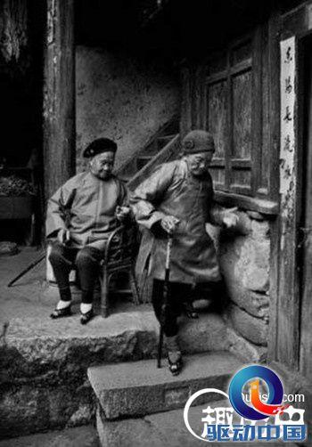 """图说中国最后一代的""""缠足女人""""_历史解密_资讯 ..."""