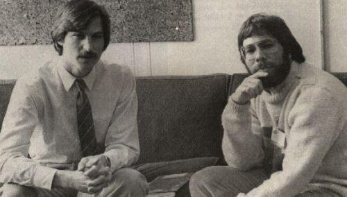 苹果第一代计算机以90.5万美金拍卖成交图片
