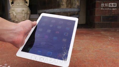 iPad Air 2跌落测试:这也太脆了!