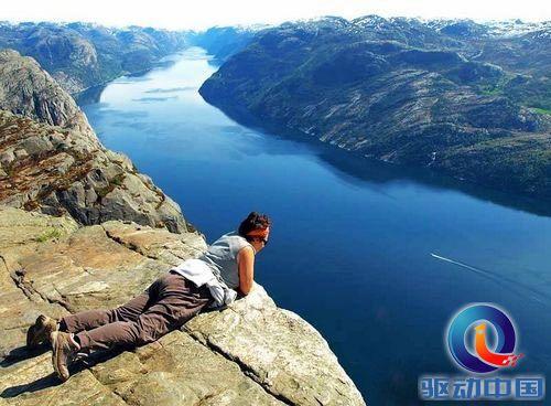 悬崖,被誉为绝壁上上绝美风景,最著名的旅游胜地它们有的以险峻著称