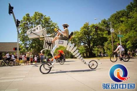 造型百变:恐龙自行车诞生!