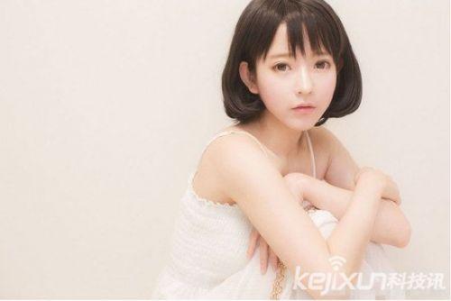 95年韩国美少女爆红 清纯甜美被称像芭比娃娃