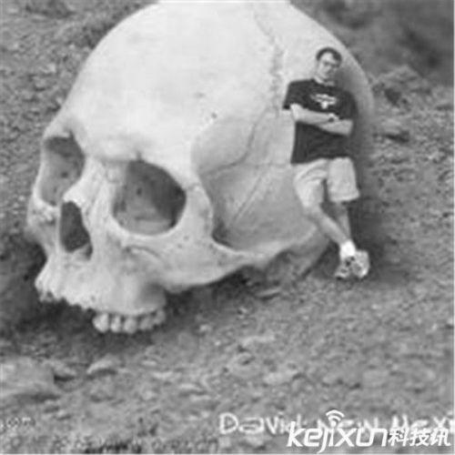 九层妖塔果真存在? 考古发现远古巨人