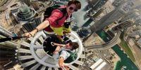 用生命在自拍!俄罗斯姑娘从9楼坠下
