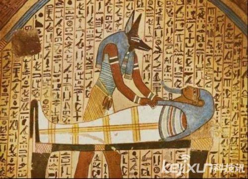 古埃及金字塔诡异事件:泰坦尼克号曾遭木乃伊女祭司