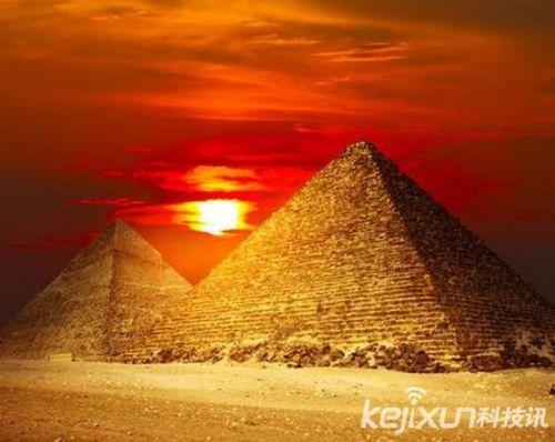 世界八大奇迹金字塔:神秘的法老王诅咒和核废料(2)