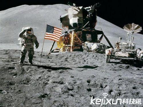 外星人就在月球背面 美国航天英雄在月球遭遇外星人