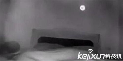 ufo最真实视频:空房监控拍下不明飞行物_驱动中国