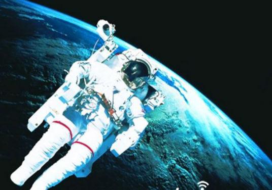 月球背面惊现二战飞机 外星人就在月球背面 3