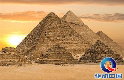 外星人建造埃及金字塔