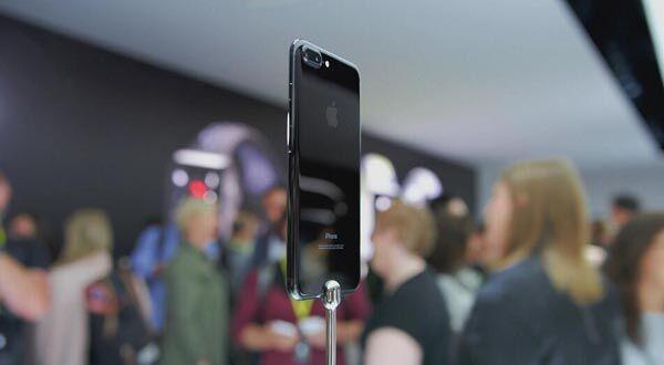 【每日科技】 iPhone7发货时间延至11月 锤子愤怒回应T3遇Bug