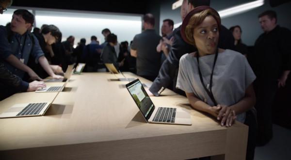 【武松娱乐】苹果MacBook续航时间遭质疑 京东架构调整成立三大事业群