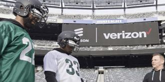 美运营商Verizon在超级碗赛场借助VR头显测试5G网!