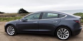 特斯拉再次暂停Model 3的生产