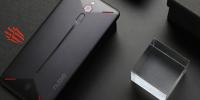 游戏手机初现苗头,黑鲨和红魔,两者到底预示着什么?