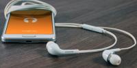 为什么大多数国产手机厂商不再送耳机呢?