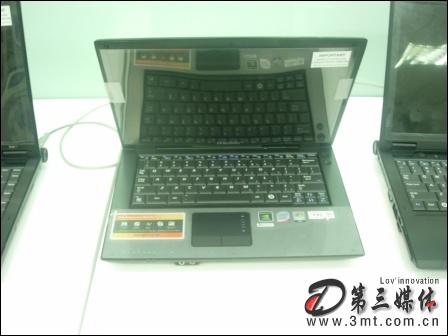 三星笔记本: 13寸屏无线蓝牙 三星Q70-XY03双核本本
