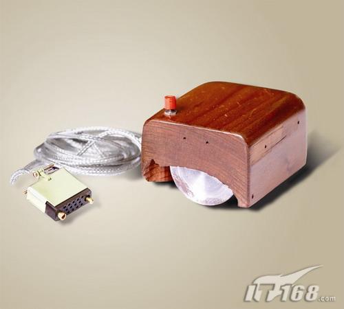 世界上第一款鼠标诞生