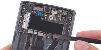 老外拆解一加手机 要拆彻底有难度