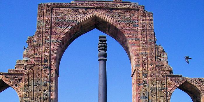印度远古铁柱:为何矗立千年不锈?
