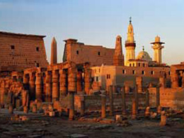 底比斯古城及其墓地