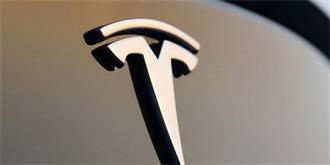 特斯拉全球召回5.3万辆电动汽车,这次是手刹惹的祸!