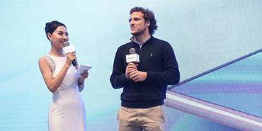 2018AWE:世界杯金球奖得主弗兰空降海信展台!