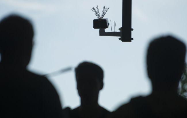 亚马逊因向警方出售面部识别技术Rekognition而招质疑独家