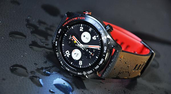荣耀手表长测:全能型智能手表 轻薄长续航技惊四座