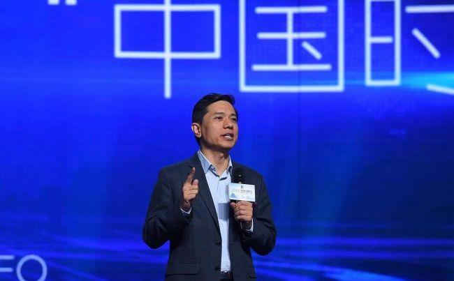 李彦宏:最后一公里自动驾驶技术将挤压传统汽车