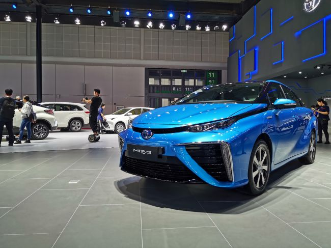 2019上海车展:丰田氢燃料电池车Mirai亮相 续航达到482km-阿里汽车