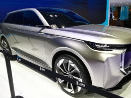 2019上海车展:一汽奔腾展台奔腾T77、奔腾新概念车