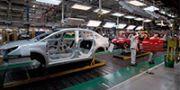 """神龙汽车一季度销量同比下滑57.7% 法系车在中国能否""""绝地求生""""?"""