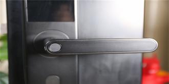 半数指纹识别存在安全风险!这样的智能门锁你还能安心吗?