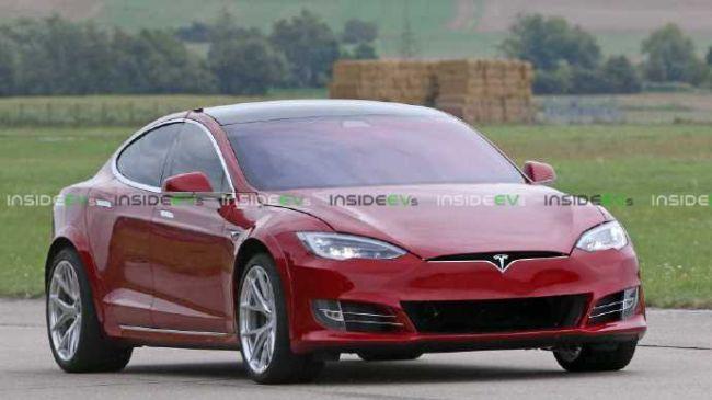 特斯拉Model S抵达纽北赛道  保时捷Taycan要完?
