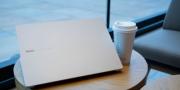 Redmi Book 14增强版 在商务范和小清新之间切换自如