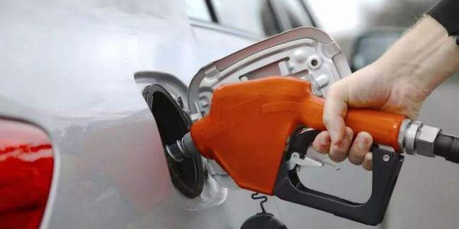 沙特石油设施遇袭  国内油价上调