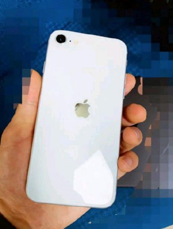 苹果iPhone 9真机曝光:这跟iPhone 8有什么区别!