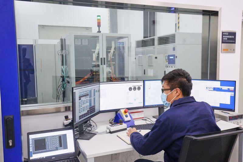 全国仅三套的驱动系统功率级测试平台通过进行控制器效率MAP试验3