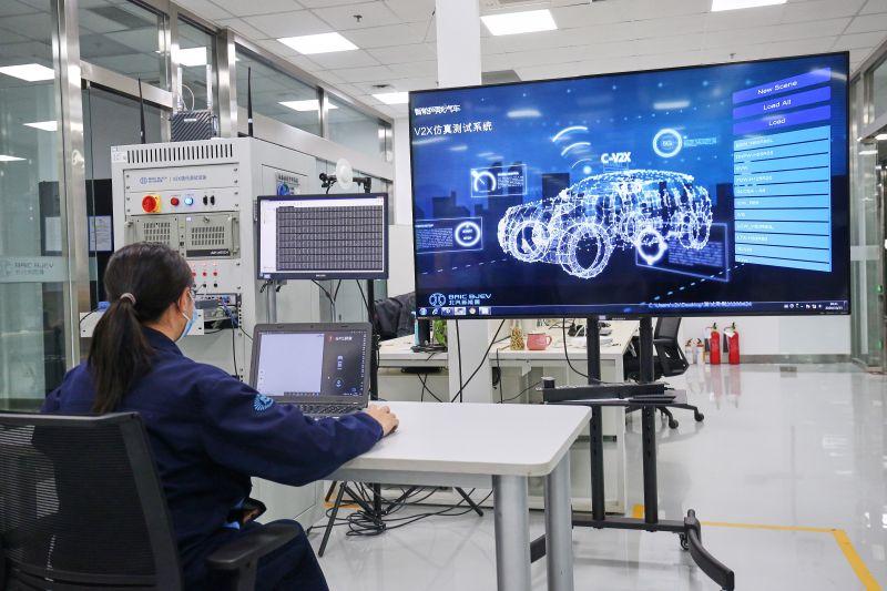 V2X通讯测试设备,针对V2X场景进行功能标定及测试1