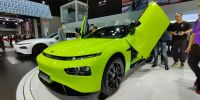 广州车展 有可能是最便宜的剪刀门原厂车   小鹏P7鹏翼版发布