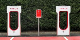 特斯拉計劃超充向其他車主開放  其他公司需要進行投資