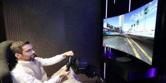 游戏玩家爱了!LG将推出可弯曲自发声OLED显示屏