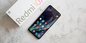 Redmi 10X Pro胧月金图赏 纤薄中框3D双曲面玻璃质感拉满