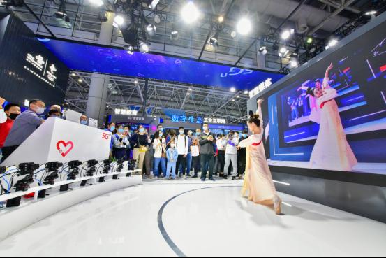 中国联通亮相第四届数字中国建设峰会  聚焦5G助力行业数字化转型1607.png