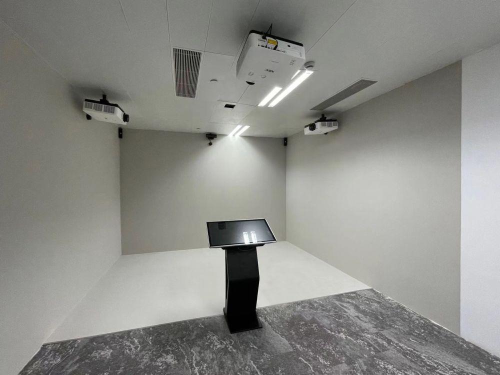 小空间大内涵 NEC激光投影机打造全息屋带来家装新体验