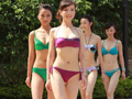 中华小姐泳装照拍摄春光乍泄诱惑无限