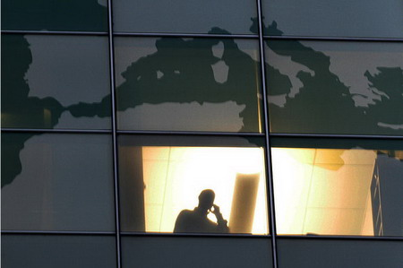 雷曼兄弟破产时间_雷曼引发全球经济动荡_驱动中国
